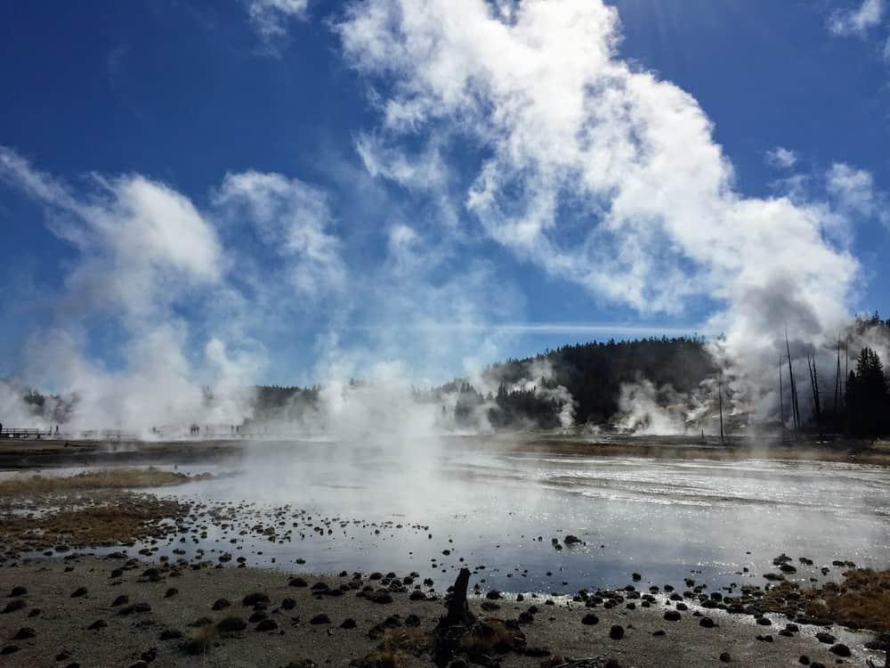 SteamyPools yellowstone